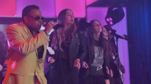 morris-day-the-haim-jungle-love-live-jimmy-kimmel-video-main-715x402